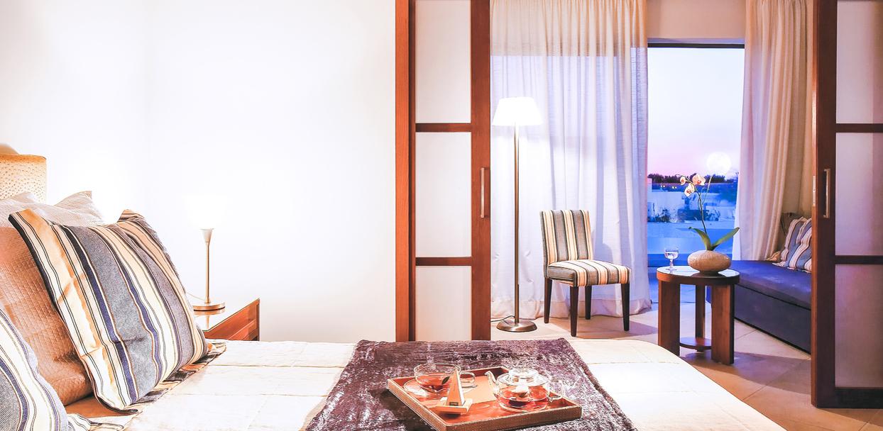 amirandes-crete-resort-luxury-family-guestroom-in-greece