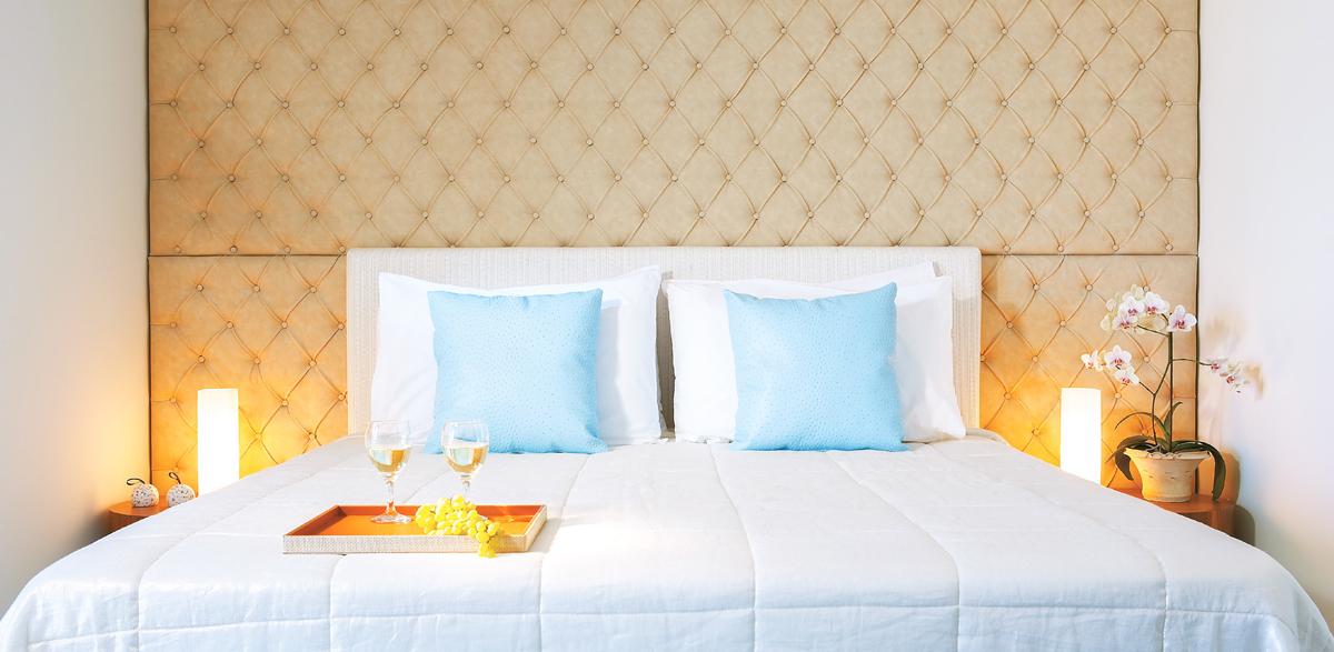 private-pool-and-garden-guestroom-in-amirandes-crete-resort-crete