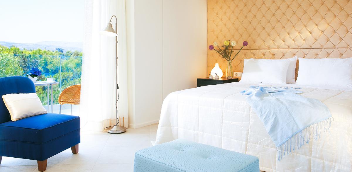 01-amirandes-resort-superior-room-sea-view-crete