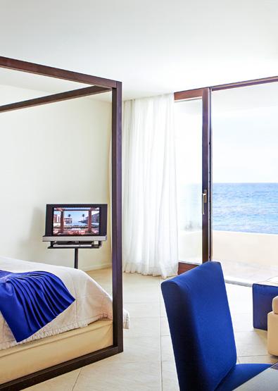 deluxe-junior-bungalow-suite-in-amirandes-crete