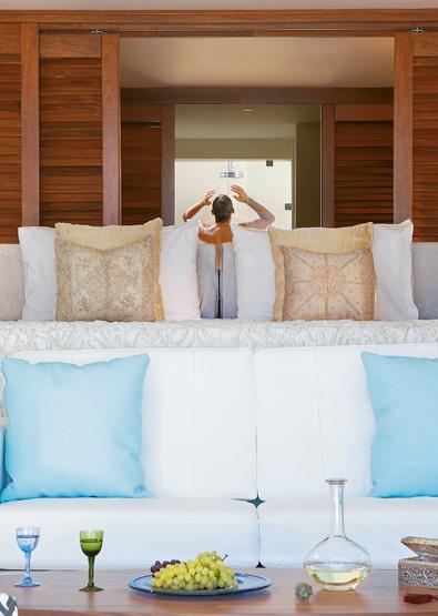 luxury-junior-suite-with-pool-in-amirandes-resort-crete