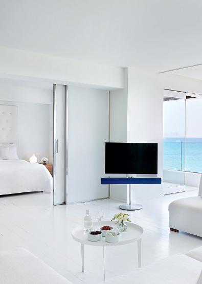 one-bedroom-grand-suite-in-amirandes-boutique-resort