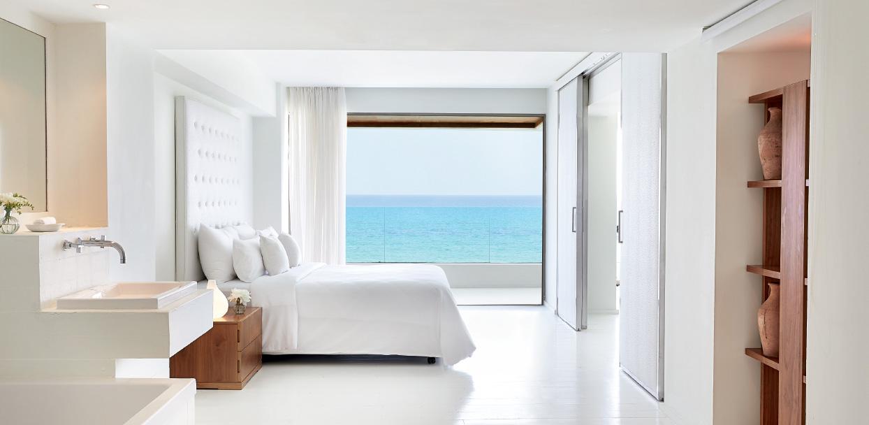 02-amirandes-boutique-resort-one-bedroom-grand-suite-sleeping-quarters