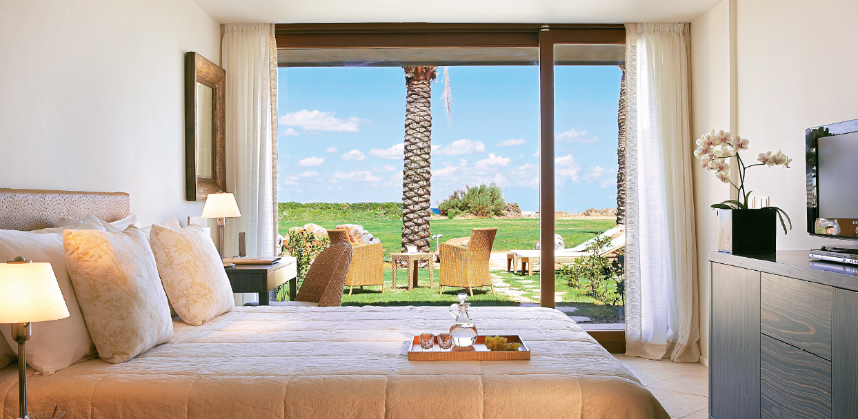 luxury-bungalow-in-amirandes-crete-resort