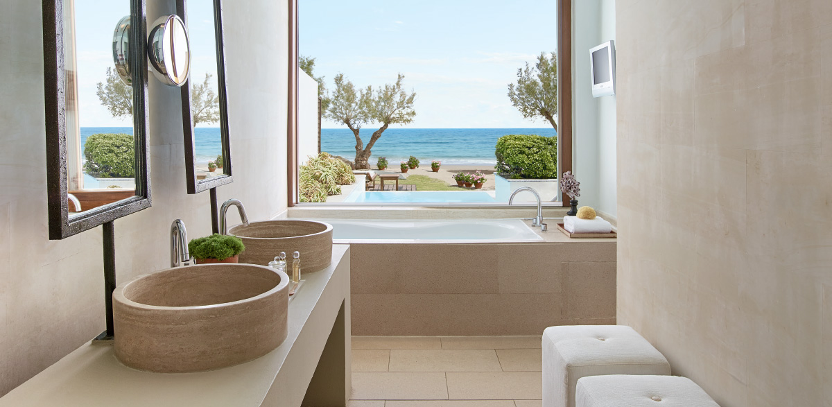03-bathroom-in-luxury-amirandes-villa-with-heated-pool