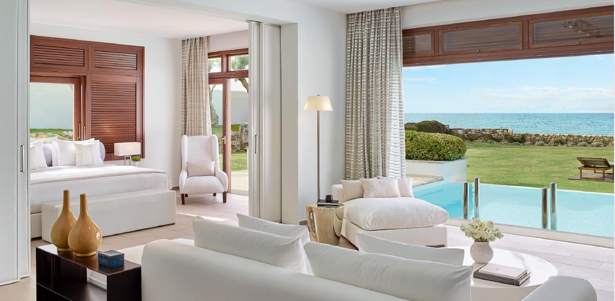 10-amirandes-beach-luxury-accommodation