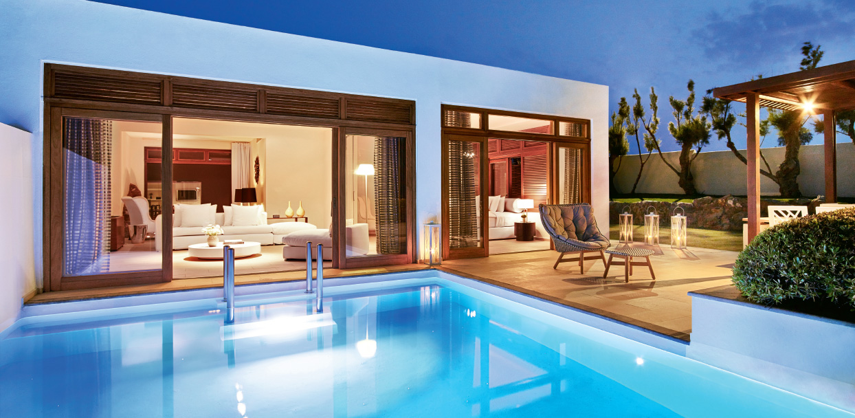royal-residence-with-heated-pool-in-amirandes-resort