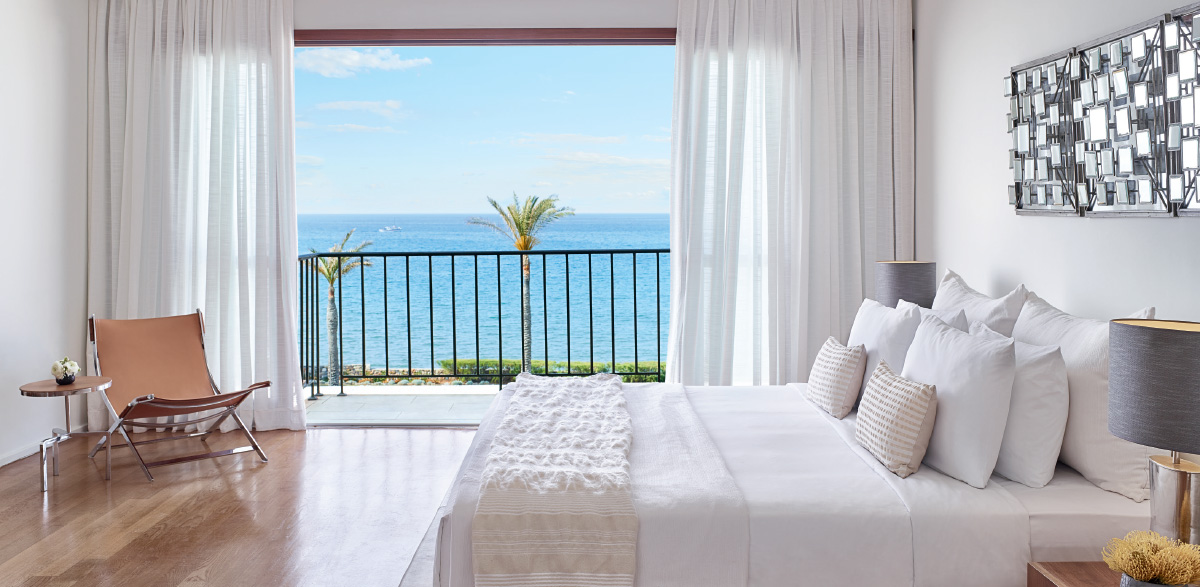 04-luxury-sea-view-accommodation-in-amirandes-resort-crete