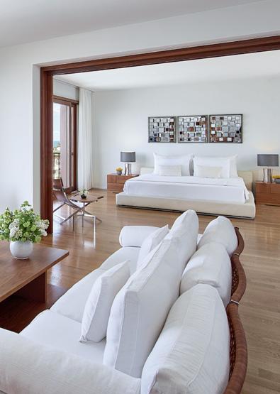 royal-villa-with-pool-in-amirandes-resort-crete