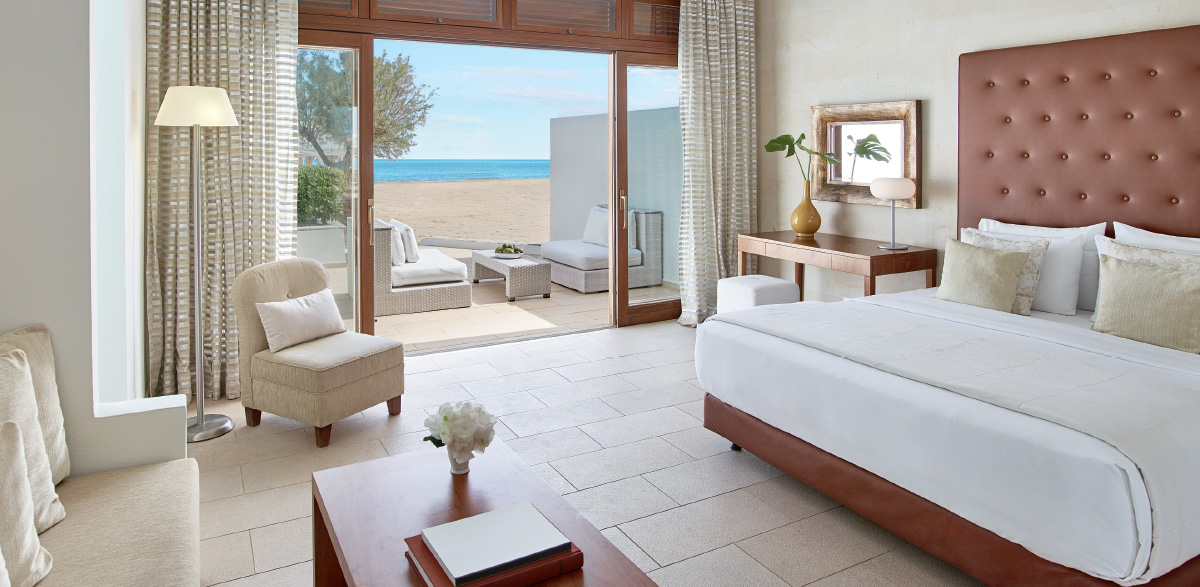 03-creta-beach-villa-with-heated-pool-in-amirandes-resort