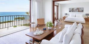 famous-class-suites-and-villas-in-amirandes-resort-heraklion