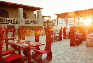 07-amirandes-asian-restaurant-in-crete