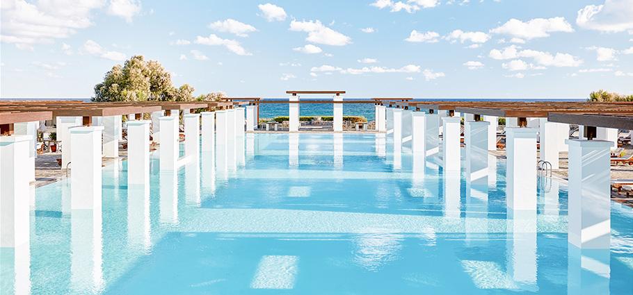 02-main-pool-amirandes-luxury-resort-in-crete