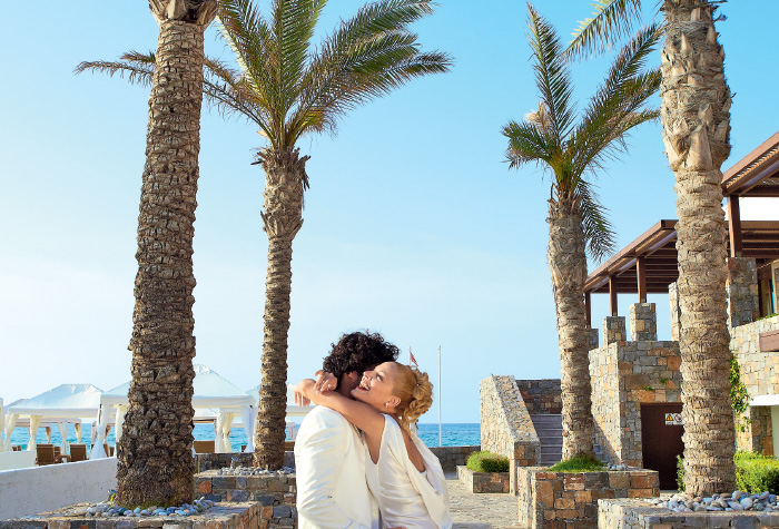 03-amirandes-orchid-symphony-honeymoon-package
