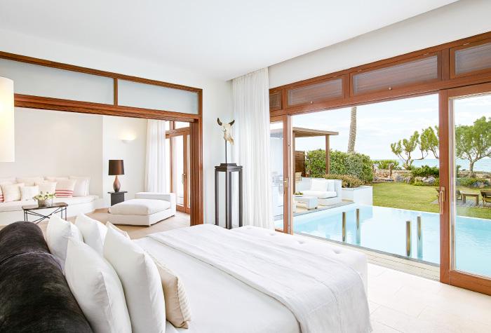 02-luxury-accommodation-presidential-villa-private-pool-in-grecotel-amirandes-boutique-resort-in-crete