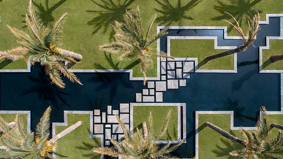 02-palms-and-lagoons-amirandes-hotel
